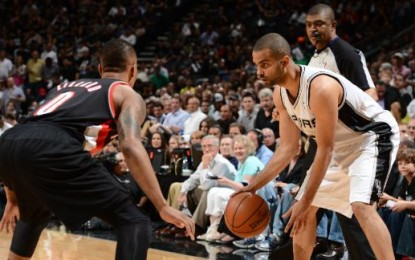 Tony Parker scores 33 as Spurs take Game 1 with rout of Blazers